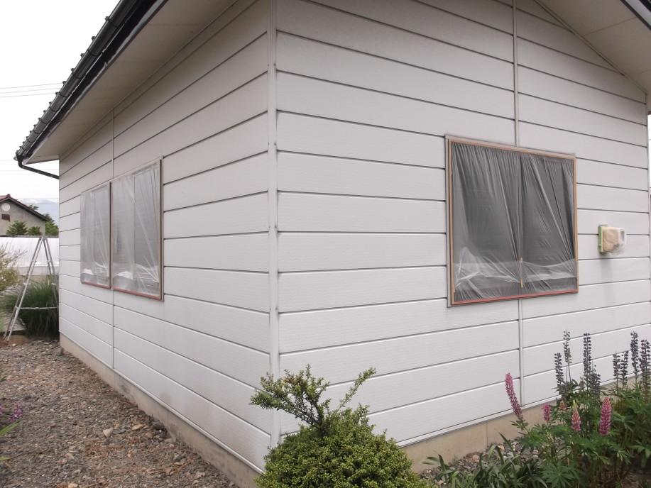 外壁 塗装 物置